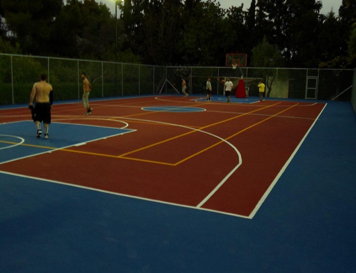 Ιδιωτικό γήπεδο μπάσκετ στο Πόρτο Χέλι – Athlodomiki 1c9c71a2598