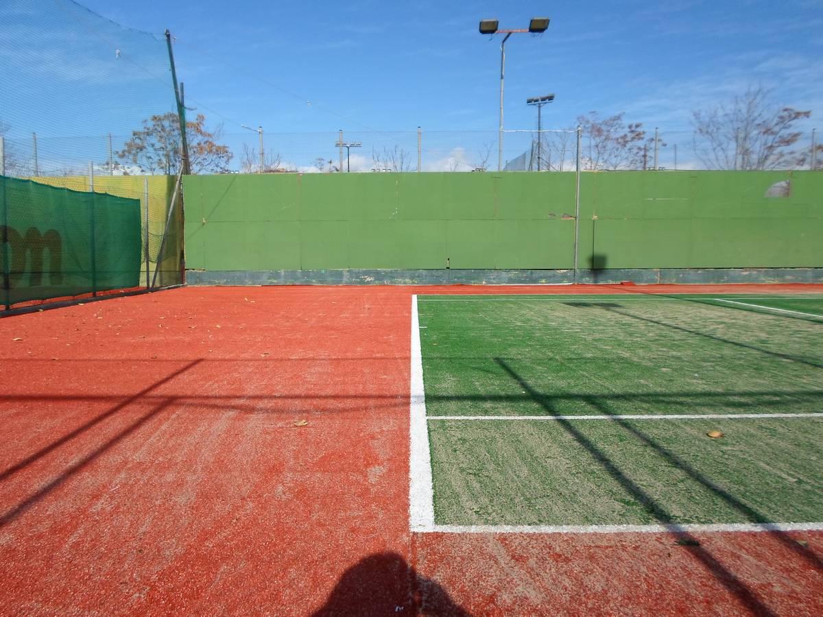 Χαλάνδρι τενις Club (15) – Athlodomiki 169176762b0